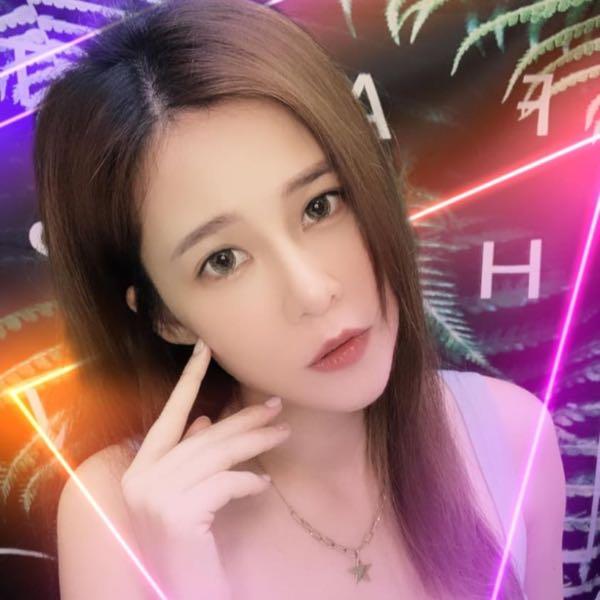 歌手🦋曼✰青🦋